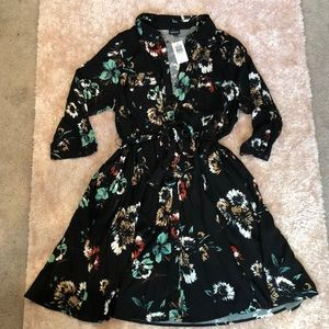 Floral Button Up Dress w Sleeves